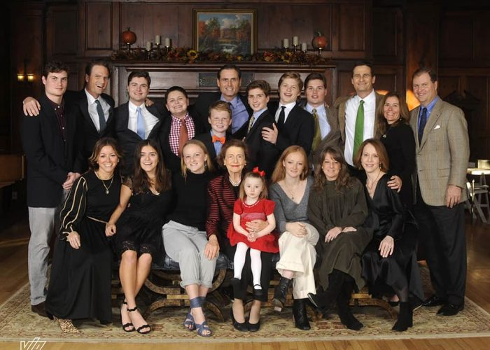 Don't Make These Mistakes When Planning a Family Reunion   Skytop Lodge