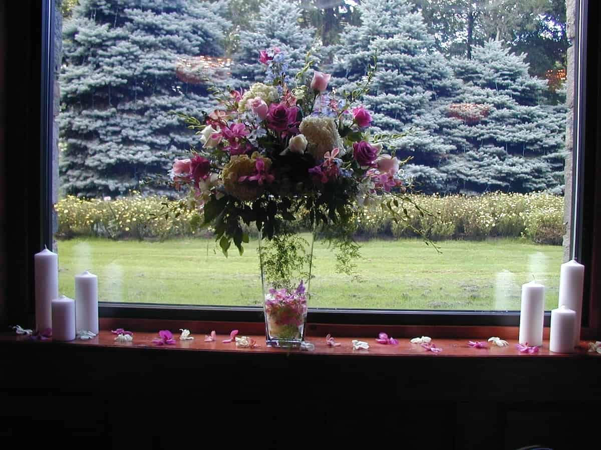 Elegant Wedding Flower Arrangements | Weddings at Skytop Lodge