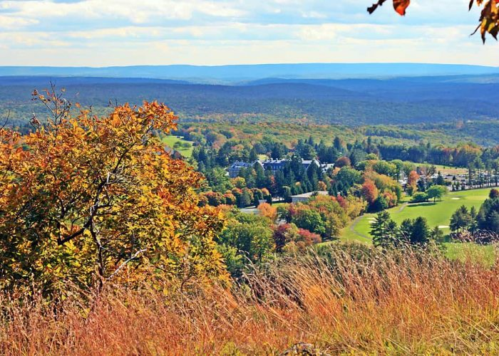 Where to Capture the Best Fall Foliage in the Poconos | Skytop Lodge