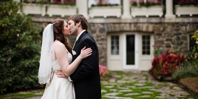 Summertime Vow Renewal Ideas | Skytop Lodge