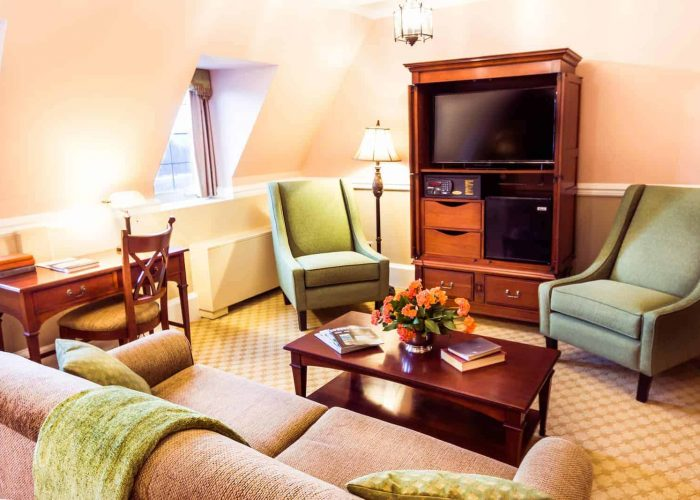 Grand Suite Room Sitting Area | Deluxe Rooms at The Lodge at Skytop | Skytop Lodge