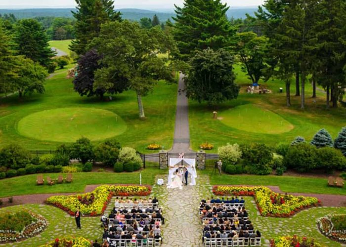 Wedding Venues | Skytop Lodge Weddings | Coveted Wedding Destinations